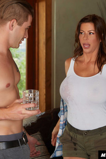 Alexis Fawx Thanks Sons Friend By Fucking Him-03