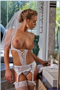 Stupendous Bride In Stockings Gets Rid-09
