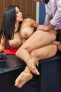 Audrey Bitoni Is Back